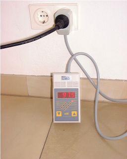 Stromverbrauchs-Meßgerät